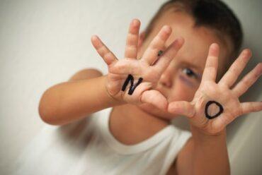Bébé dit non à tout, que faire ?