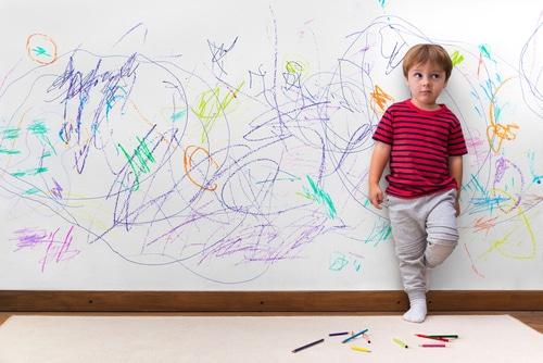 Changer le statut de l'erreur : comment aider son enfant à avoir confiance en lui ?